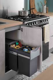 accesoire cuisine accessoire cuisine équipée poubelle coulissante intégrée sous l