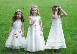 tenue mariage enfant la tenue de mariage d enfant d honneur est payée par qui chloé le