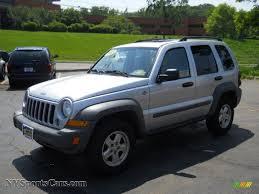 jeep 2005 liberty 2005 jeep liberty sport 4x4 in bright silver metallic 654629