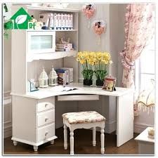 Small Desks For Small Spaces Best 25 Corner Desk With Hutch Ideas On Pinterest White Desks