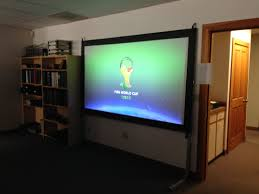 Backyard Projector Screen by Projectoscreen120hd Portable Projection Screenvisual Apex Home