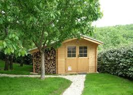 cabane jardin abri jardin besoin d un permis de construire habitatpresto