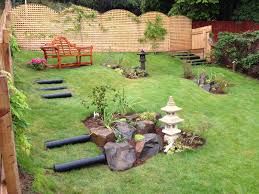 japanese garden ideas combined with some nice looking furniture
