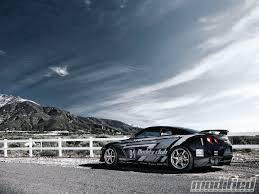 nissan gtr side view 2009 nissan gt r lean and mean photo u0026 image gallery