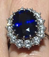 kate s wedding ring royal wedding 2011 kate middleton s 6 ring replica boosts record