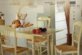 table de cuisine chaises exemple de tables et chaises de cuisine provencale le luc les