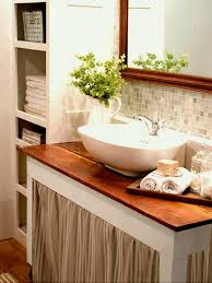 cool bathroom decorating ideas wall tile decorating ideas for small bathrooms in apartments