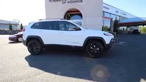 jeep wheels white 2015 jeep cherokee trailhawk fw736390 bright white clearcoat