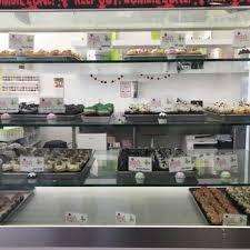 misha u0027s cupcakes 100 photos u0026 59 reviews cupcakes 14539 sw