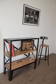 location d une chambre meubl馥 23 best etagères et bibliothèques images on industrial