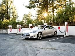 tesla charging tesla could end free supercharging for life for the model 3 fortune