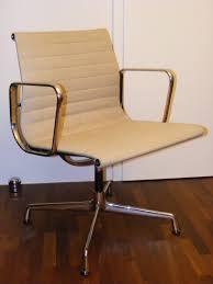 design mã bel gebraucht vitra stuhl vitra eames dsr stuhl mit sitzkissen neue mae