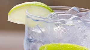 vodka soda what u0027s the lowest calorie alcohol 8 drinks ranked health