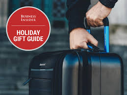 26 thoughtful holiday gifts business travelers will love