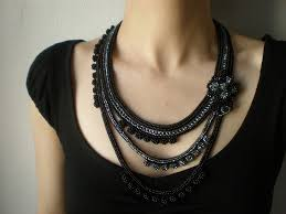 crochet necklace black images Narcissus papyraceus beaded crochet necklace gray blac flickr jpg