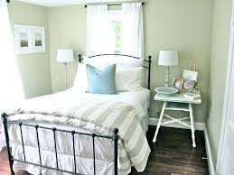 bedroom decor themes spare bedroom decorating ideas room a refreshing small guest room