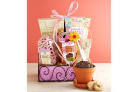 1800 gift baskets s day gifts give something she ll reader s digest