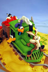 Looney Tunes Nursery Decor by 72 Best Looney Tunes Cakes Images On Pinterest Cake Looney