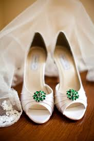 wedding shoes qatar the 25 best emerald green shoes ideas on pumps
