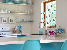 Kitchen Window Sill Decorating Ideas by Add Cheer To Your Windows By Decorating Them For Christmas