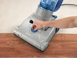 amazon com hoover uh20040 sprint quickvac bagless upright vacuum