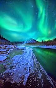 aurora borealis northern lights tours yukon ogilvie mountains yukon territory canada northern lights tours
