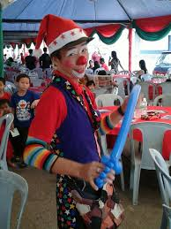 clowns for kids birthday in malaysia allan friends studios andy de clown for hire allan friends studios