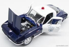 police corvette maisto 31381pol scale 1 18 chevrolet corvette coupe 2 door