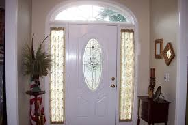 Front Door Window Curtain Sidelight Window Treatments On The Main Entry Doors Homesfeed