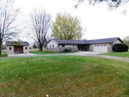 Real Estate For Sale 841 94 Homes For Sale In Pinckney Mi Pinckney Real Estate Movoto