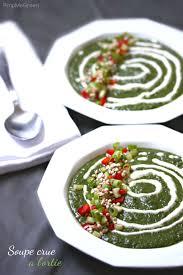 ortie cuisine soupe crue à l ortie nettle soup pimp me green