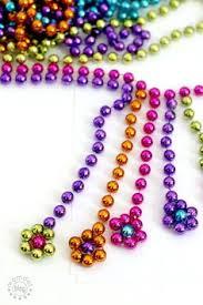 diy mardi gras bead bandana 21 diy letter crafts to give as gifts mardi gras diy