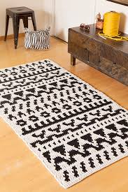 Free Crochet Patterns For Rugs Basketweave Chunky Rug Free Crochet Pattern In Red Heart Yarns
