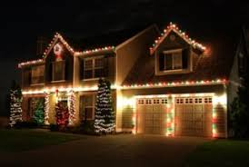 people who hang christmas lights blog christmas light decorating service kansas city mo