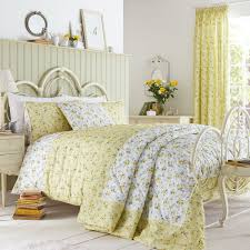 find every shop in the world selling primrose yellow at pricepi