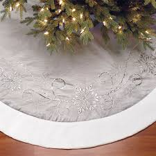 decorative 66 1 68 m tree skirt in silver costco uk