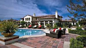 Kardashian Houses Why Do Bieber And These 25 Other Celebs Live In Calabasas Curbed La