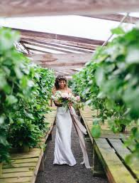 pantone 2017 color of the year greenery wedding inspiration
