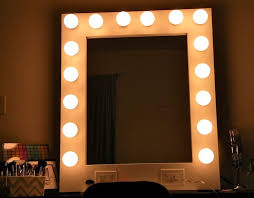 hollywood makeup mirror with lights best 25 mirror with light bulbs ideas on pinterest hollywood vanity