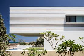 a house by the sea leibal