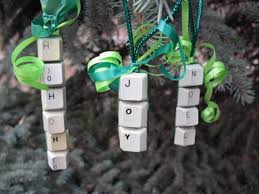 recycled tree ornaments ideas computer keyboard buttons