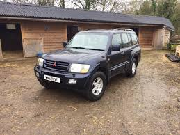 land rover pajero used mitsubishi shogun 32 di d equippe 5dr for sale in gloucester