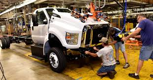 ford builds new medium duty trucks in u s for 1st time