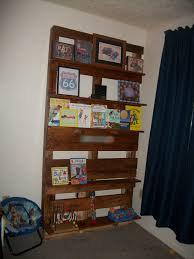 ana white pallet book shelves diy projects
