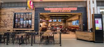Iad Airport Map Where To Eat At Washington Dulles International Airport Iad