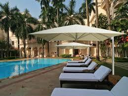 Backyard Umbrellas Large - cantilever giant umbrellas dimension for giant patio umbrellas