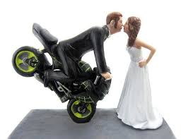 25 outrageous wedding cake toppers that makes any wedding worth