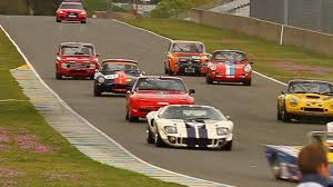 old racing porsche racing sports cars classic ford gt40 porsche 911 ferrari le
