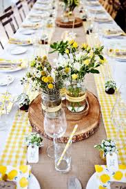 Rustic Table Centerpiece Ideas by Best 25 Rustic Dinner Tables Ideas On Pinterest Dinner Party