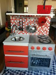 jouet enfant cuisine diy construire une cuisine pour enfant sur une base ikéa